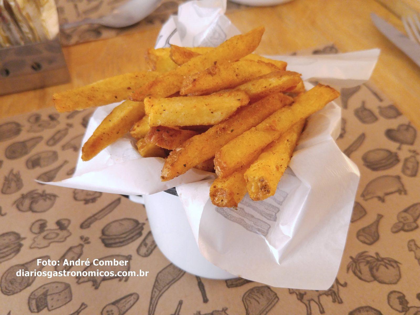 Kod, fritas, restaurante