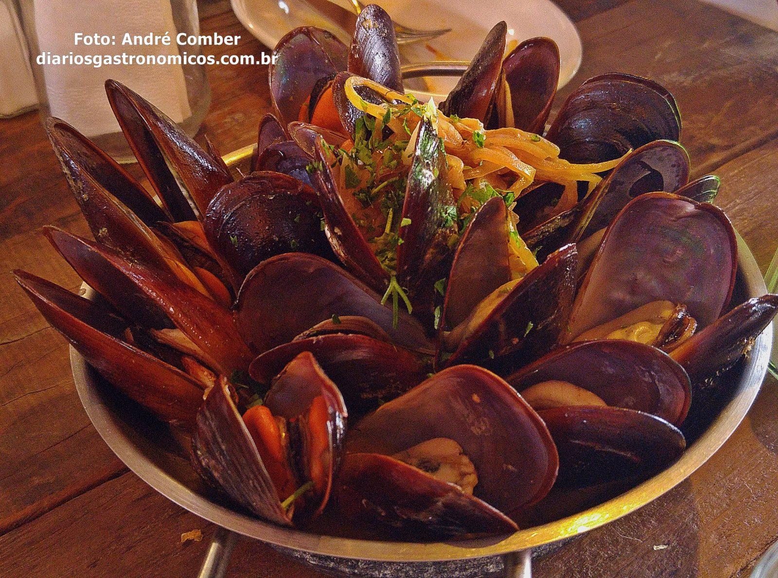 Teus Restaurante, mexilhoes, mariscos