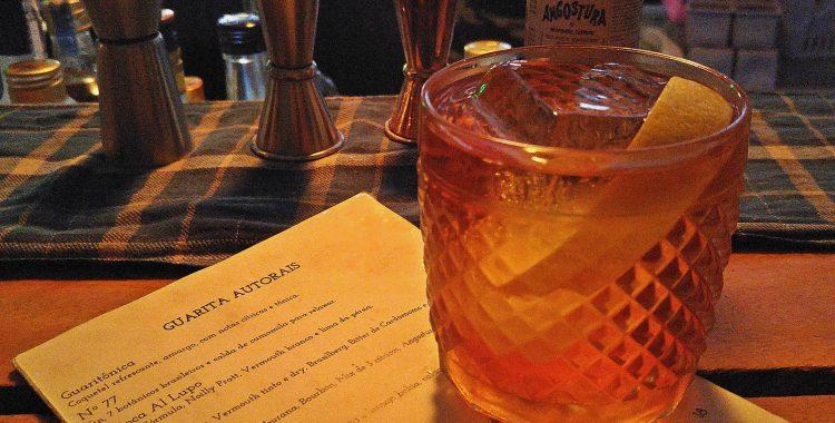 Guarita Bar: drinques e bolovo